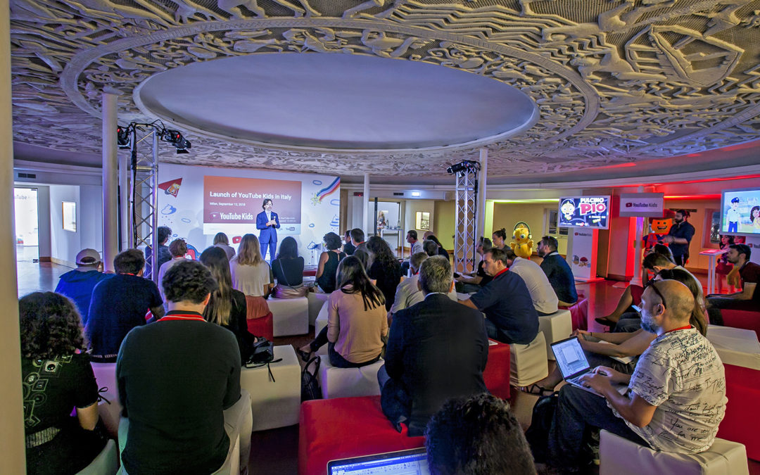 Launch event for the first day to download YouTube Kids in Italy. Elements of discovery, exploration and entertainment mix to create an engaging environment to approach the new app. Attendees interact with YouTube Kids and its main contents and feature.
